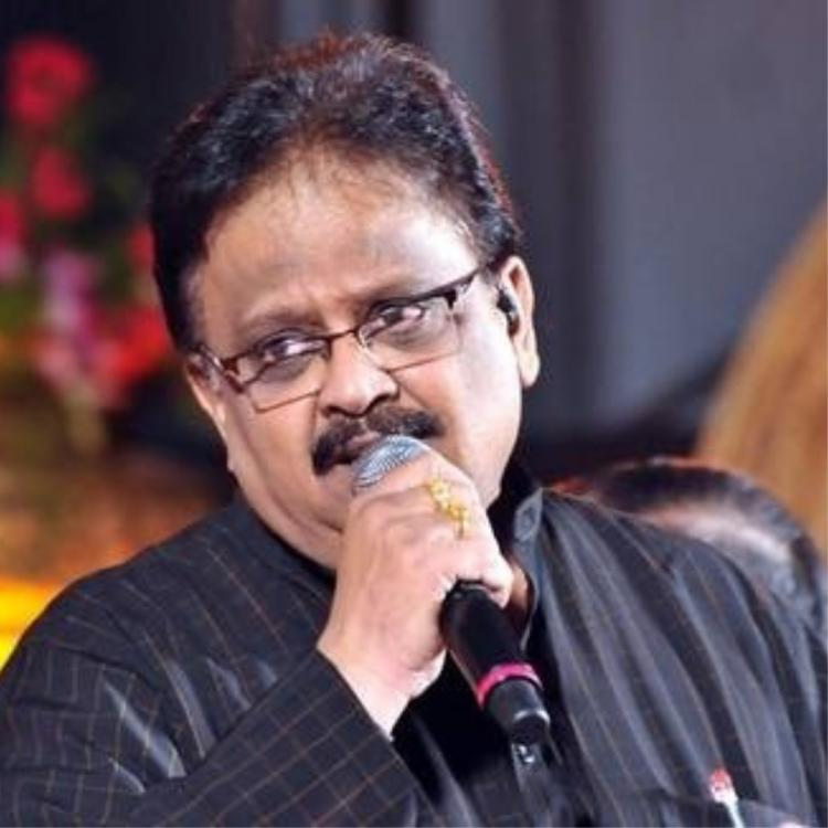 Legendary singer SP Balasubrahmanyam donates his ancestral home to Kanchi math