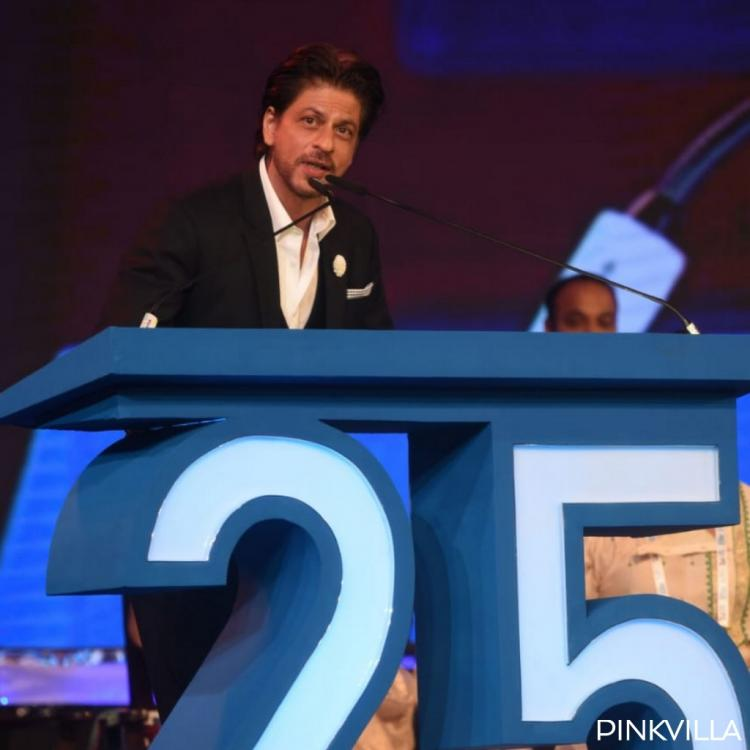 Shah Rukh Khan's attempt at speaking Bengali as he repeats after Rakhee at KIFF 2019 is winning hearts; WATCH