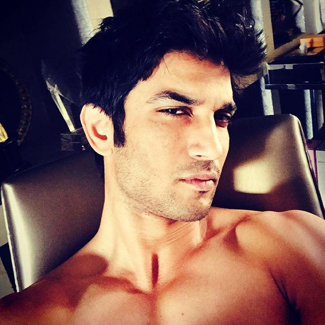 Sushant Singh Rajput's Shirtless Selfie Will Make Your