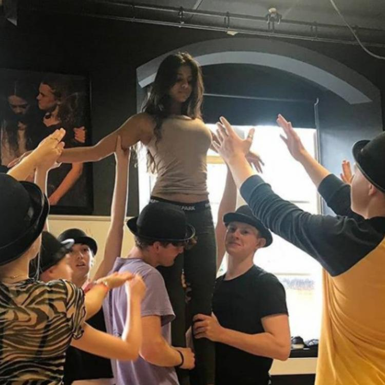 Shah Rukh Khan's daughter Suhana Khan is quite the star and these BTS pictures from her practice are proof