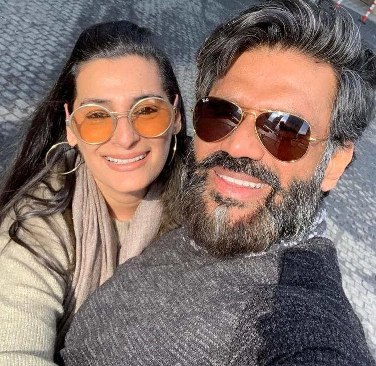 Suniel Shetty says he is not keen on joining politics