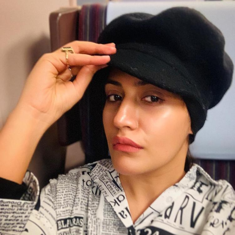 Ishqbaaz fame Surbhi Chandna is keeping her 'topi' swag game strong in this selfie