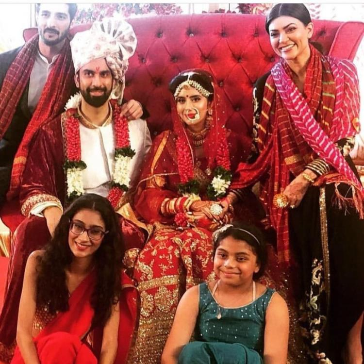 Sushmita Sen and beau Rohman are all smiles in this photo with the Newlyweds Rajeev Sen & Charu Asopa