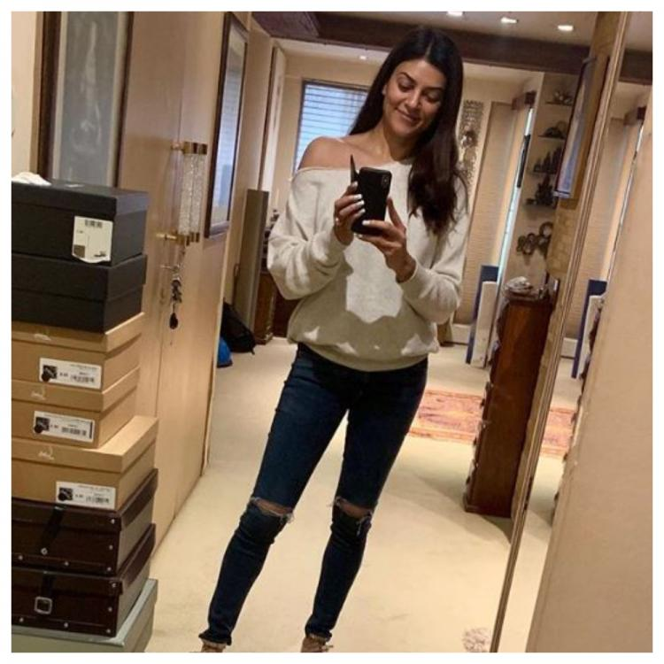 Sushmita Sen and Rohman Shawl's latest picture on Instagram is a perfect start to the weekend; Check it out