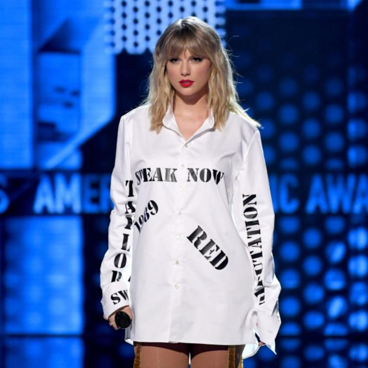 AMAs 2019: Did Taylor Swift refer to her brawl with Scooter Braun & Scott Borchetta through her medley outfit?