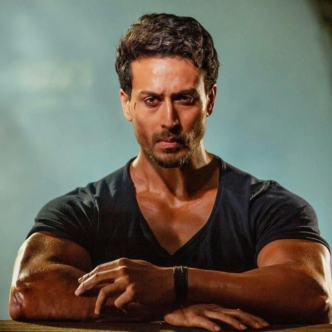 Tiger Shroff says he wants to be a complete performer like Michael Jackson and Bruno Mars