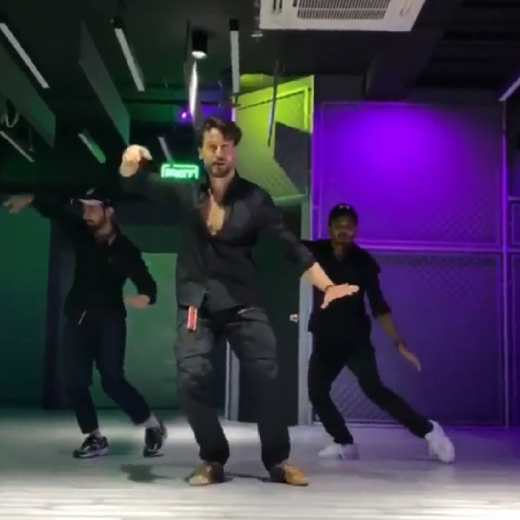 Tiger Shroff's killer moves on Baaghi 3's song in THIS video will make you want to join him too; WATCH
