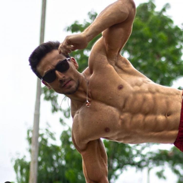 Ranveer Singh is all praises for Tiger Shroff as the latter shows off his washboard abs in a PHOTO