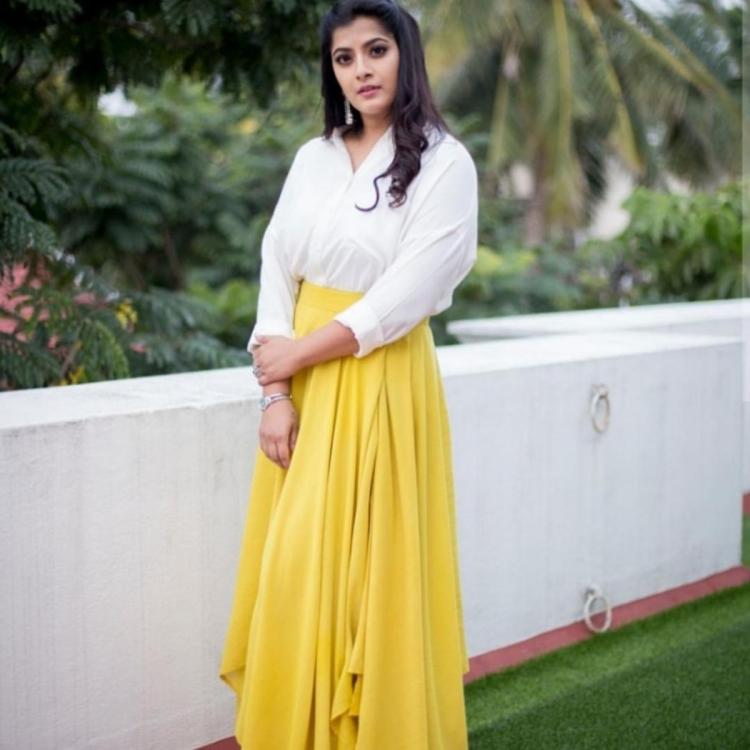 Varalaxmi Sarathkumar dismisses marriage rumours; Says she would shout from the rooftop if she gets married