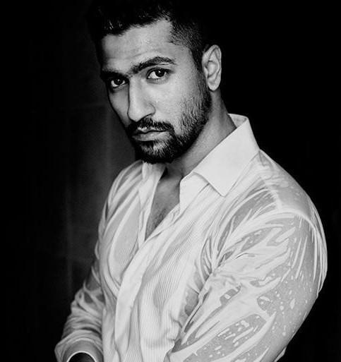 Vicky Kaushal opens up about his fear of ghosts and water; Deets Inside