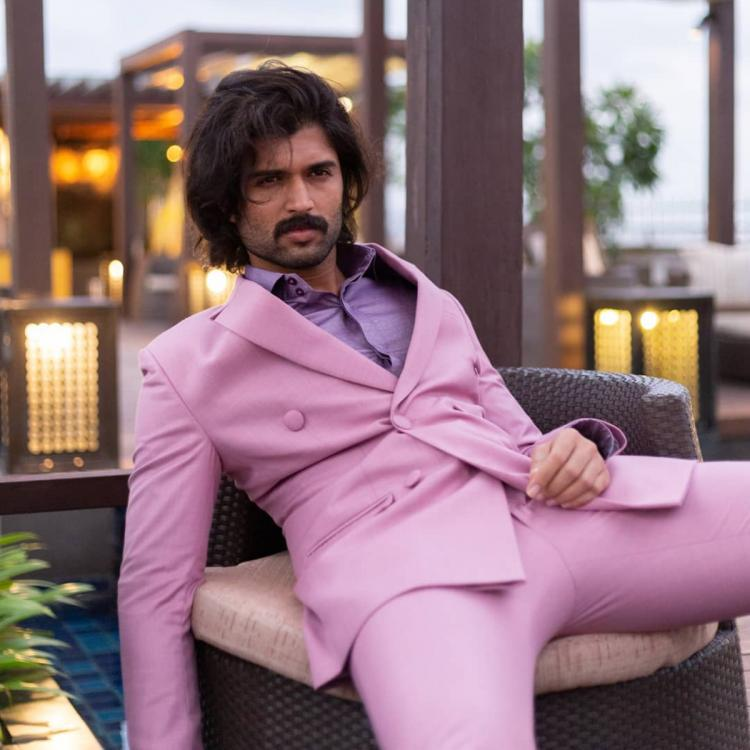 Vijay Deverakonda looks dapper in a lavender suit and fans can't stop gushing over him; View Pic