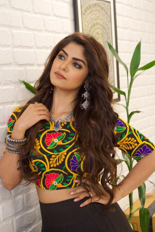 EXCLUSIVE: Sayantani Ghosh showers praises on Sanjivani co star Surbhi Chandna, opens up on her role and more