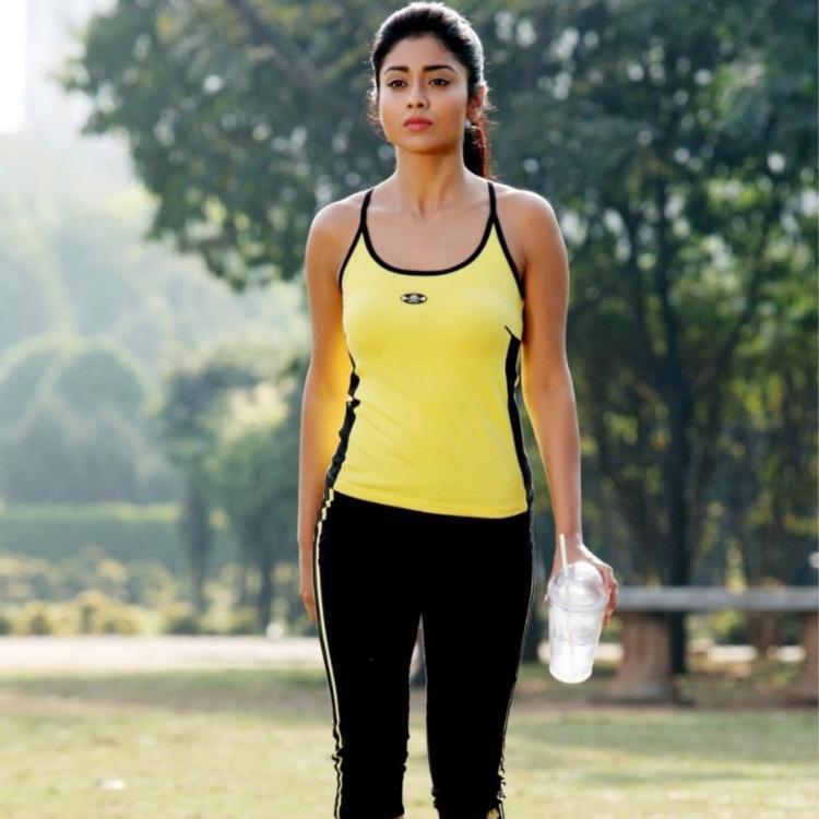 Shriya Saran provides online Yoga training amid self isolation for COVID 19; Watch video