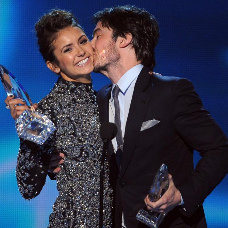 When The Vampire Diaries' Nina Dobrev & Ian Somerhalder accepted on screen chemistry award after they broke up