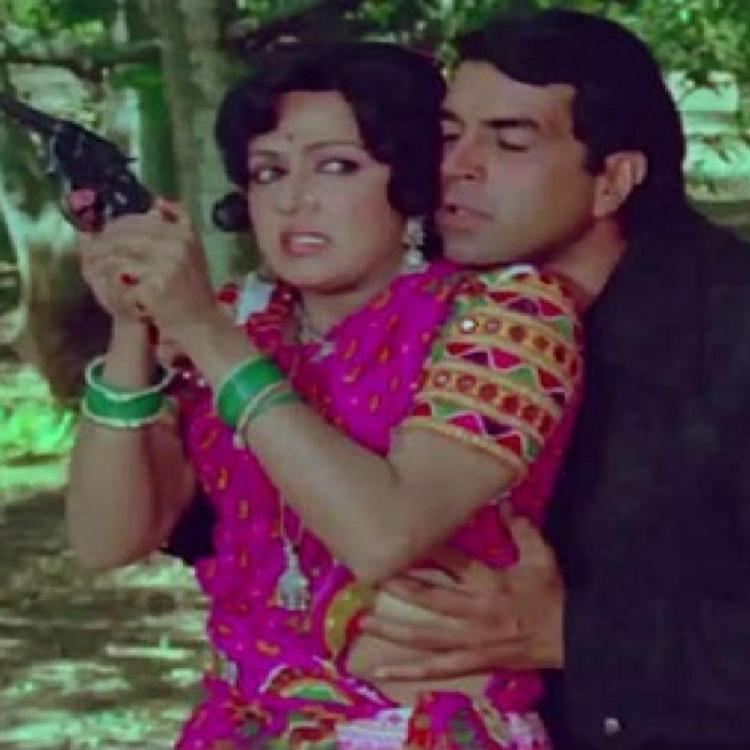 When Dharmendra ended up paying Rs 2000 on the sets of Sholay just to hug Hema Malini; Deets inside