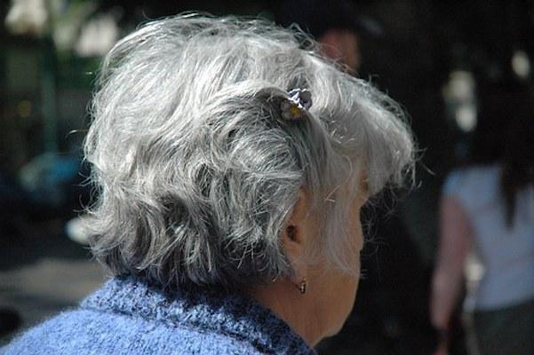 Hair Care: THESE are the causes and ways to reduce white hair naturally