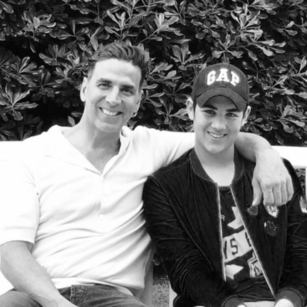 Akshay Kumar's cute moments with his son