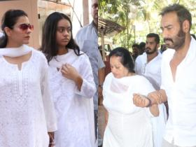 Photos,kajol,Ajay Devgn,Nysa Devgn,Veeru Devgan Prayer Meet