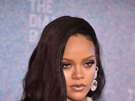rihanna,Beauty,Fenty beauty,rihanna beauty