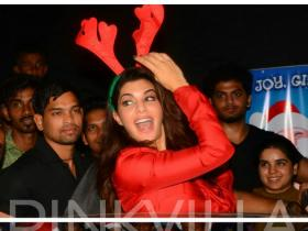 Photos,jacqueline fernandez,Sidharth Malhotra,Christmas,Reload