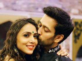 discussion,Sanaya Irani,Drashti Dhami,Nakuul Mehta,Happy Kiss Day 2019