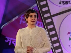 Photos,kajol,raveena tandon,shah rukh khan,jaya bachchan,Big B,22nd Kolkata International Film Festival