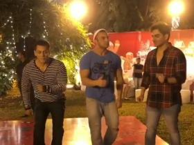 Video,salman khan,sohail khan,arbaaz khan,Christmas