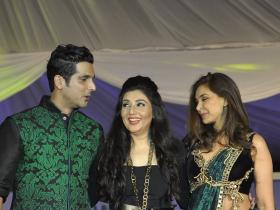 Photos,zayed khan,lisa ray,Barun Sobti,26/11