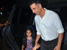 Photos,akshay kumar,nitara