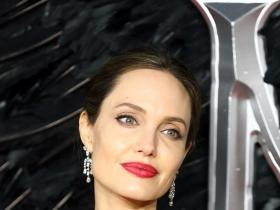 angelina jolie,Hollywood, Maleficent: Mistress of Evil
