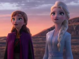 Josh Gad,Hollywood,Frozen 2,Kristen Bell