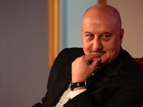 News,anupam kher,bollywood,BOOK,autobiography,Story