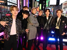 BTS,Hollywood,Map of the Soul: 7