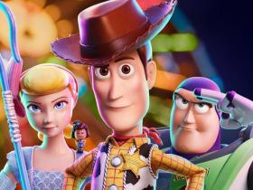 Movie Review,Tom Hanks,Reviews,Toy Story 4,Hollywood movies