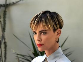 News,Charlize Theron