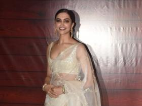 Photos,Deepika Padukone,javed akhtar