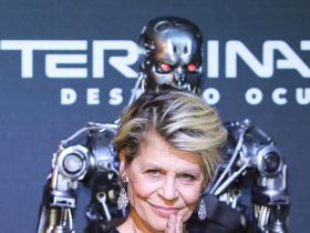 Exclusives,Linda Hamilton,Terminator: Dark Fate