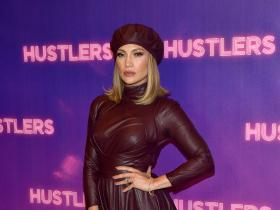 Jennifer Lopez,Exclusives,Hustlers