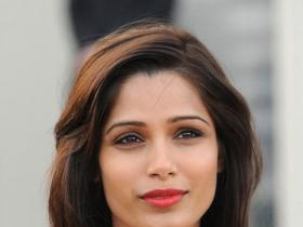 News,freida pinto,bollywood