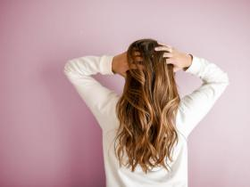 Beauty,hair care tips,curry leaves,hair benefits