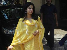 Photos,janhvi kapoor