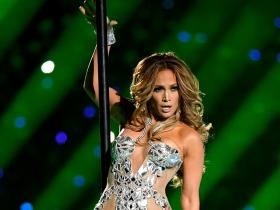 Jennifer Lopez,Hollywood,Super Bowl 2020