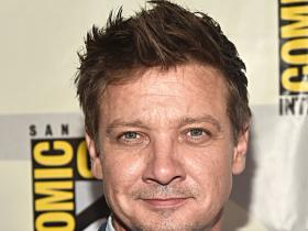 Jeremy Renner,Hollywood,Sonni Pacheco
