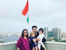 Photos,Karan Johar,happy independence day,Yash Johar,Roohi Johar