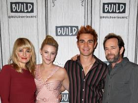 Riverdale,Luke Perry,Hollywood,Mädchen Amick