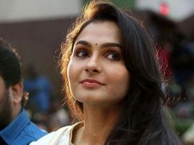 andrea jeremiah,South,Master
