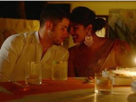 Diwali,Nick Jonas,Priyanka Chopra Jonas,Hollywood