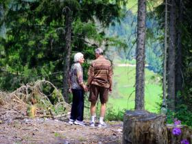 Food & Travel,travel tips,traveling with elderly people,senior citizens