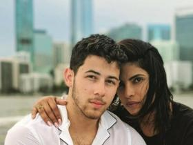 Priyanka Chopra,parineeti chopra,Nick Jonas,Hollywood
