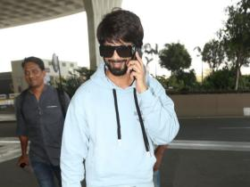 Photos,Shahid Kapoor,Jersey